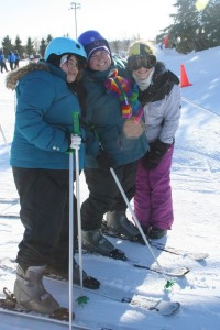 winter-games-skiing-group