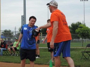 news-sammons-softball-skills-volunteer